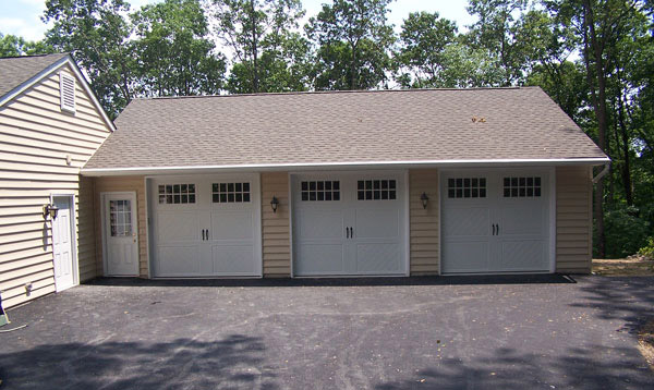 Three Car Garage – Malvern, PA